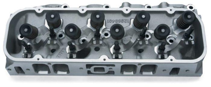 19331428 bowtie rectangular port cylinder head